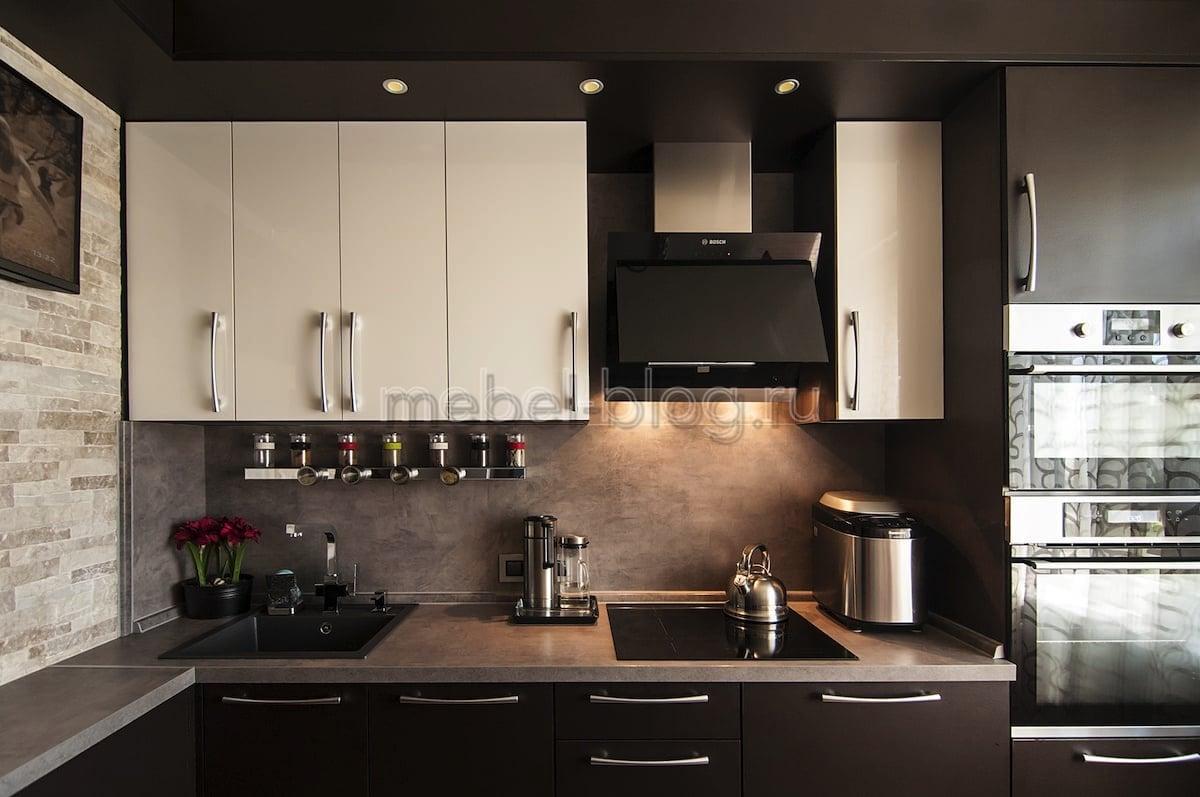 Кухонный гарнитур в кофейных тонах