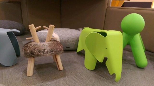 Стул в форме слона