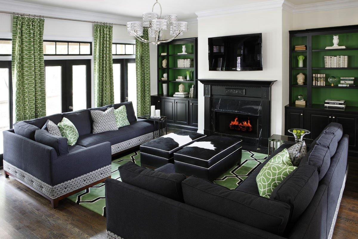 два угловых дивана