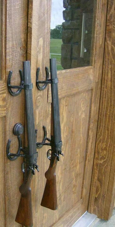 ружья и подковы