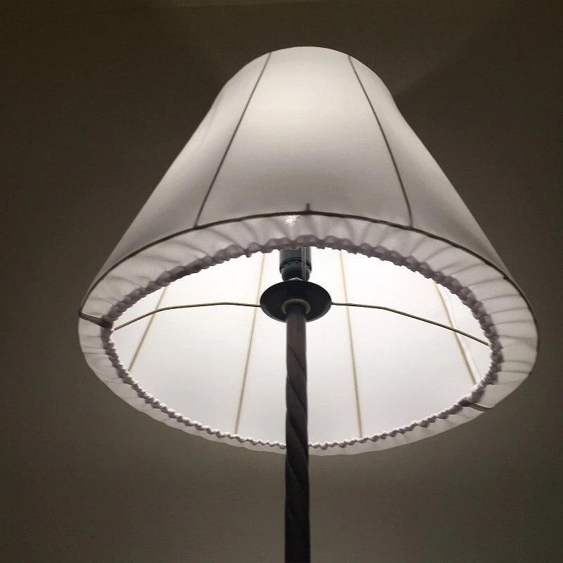 приглушенный свет